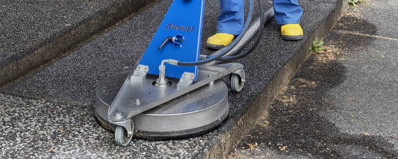 DYNAJET has developed professional surface cleaners for different types of use to clean large surfaces thoroughly and quickly